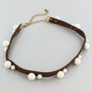 SALE! PEARL ACCENTED BROWN FAUX SUEDE CHOKER